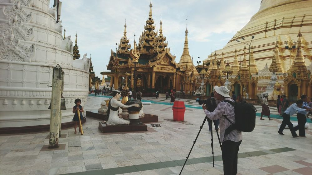 People And Places Architecture Place Of Worship Outdoors The Street Photographer - 2016 EyeEm Awards The Portraitist - The 2016 EyeEm Awards PhonePhotography My Year My View