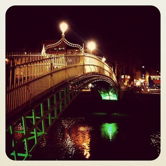 Bridge #lights #night #ireland #dublin #jj_forum #jj #gf_ire #ebstyles_gf #earlybirdlove #bridge Night Lights Bridge Dublin Ireland Jj  Earlybirdlove Jj_forum Ebstyles_gf Gf_ire