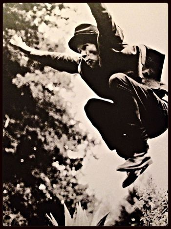 Badass Tom Waits photographed by renowned photographer & documentarian Anton Corbijn Iconic