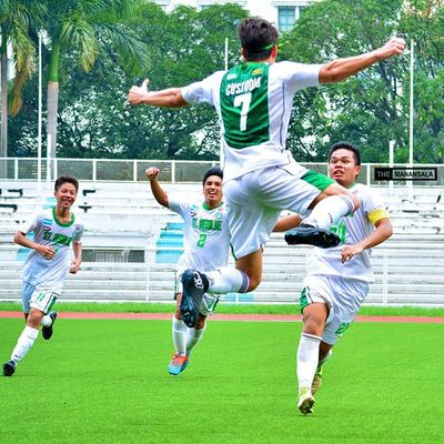 Goal celebration 🎆🎉⚽ . . . NCAA Ncaa90 Ncaaseason90 CSBvsSBC LSGH Greenies sbspotlight soccerbible juniors football bootspotting goalcelebration themanansala