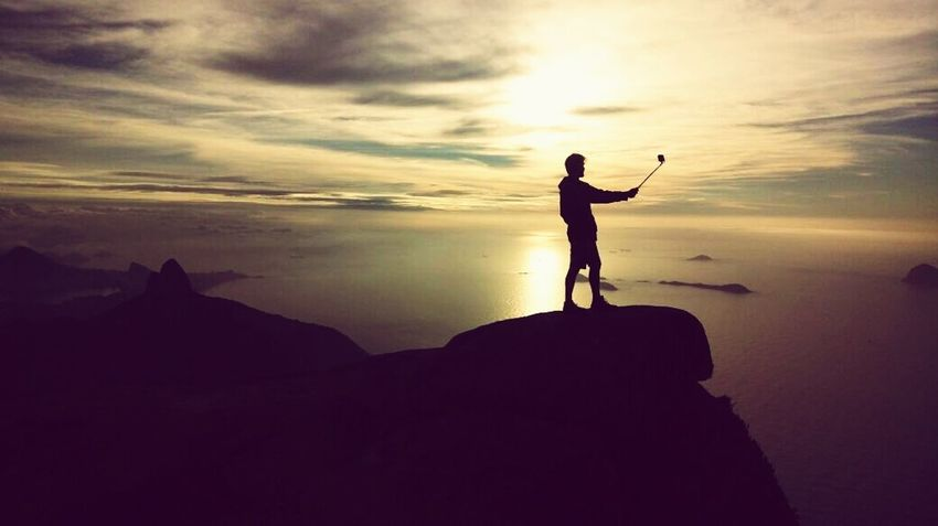 Explore e viva. One Man Only One Person Silhouette Sunset Only Men Golf Adults Only People Golf Club Adult Standing Full Length Landscape Men Outdoors Adventure Cliff Golf Swing Night Golfer Be. Ready. Go Higher