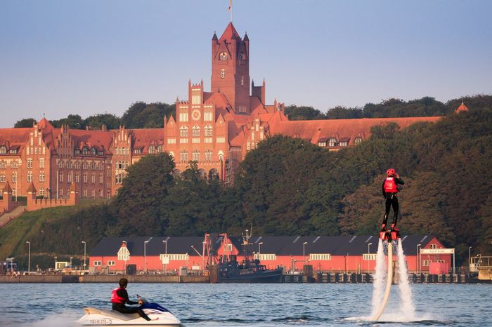 Flyboard Flyboarding Rotes Schloss Am Meer Architecture Marines Eastsea Flensburger Förde I ❤️ Flensburg Flensburg Waterfront Water Germany Ostsee The Color Of Sport Focus On Foreground Lifestyles Outdoors Jetski Sunset