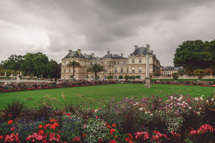 Architecture Beauty In Nature Built Structure Cloud Cloud - Sky Cloudy Day Façade Flower Formal Garden Fragility Grass Green Color Growth Jardin Du Luxembourg Lawn Nature No People Outdoors Overcast Plant Sky Tourism Travel Destinations Tree Neighborhood Map Your Ticket To Europe