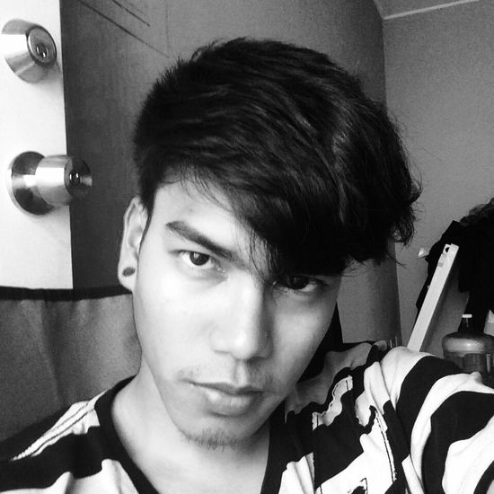 A selfie?? Maybe?? Today's Hot Look Monochrome Be Your Self That's Me Hello World