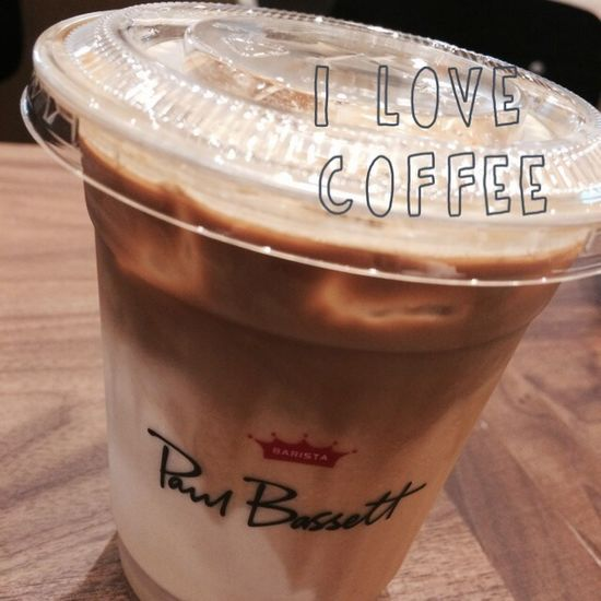 Cafe Latte Paul Bassett Coffee 일상