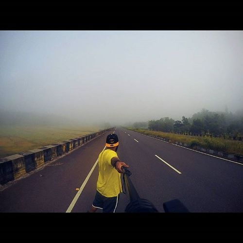 Life is a highway and i am going my way Highway Emptyroad Earlymorning  Scenes Traveling Fog Gopro Goprophotography_ Goprooftheday Goproselfie Lovelyweather  Photooftheday Cool Traveller Roadtripping Bffsonaroadtrip Goanboy Ahd Goa India Mytravelgram