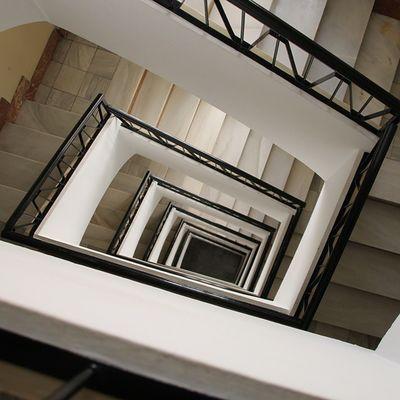 Downstairs. Chiquesnourtemo Ig_infocus Ig_valencia Arquitectura