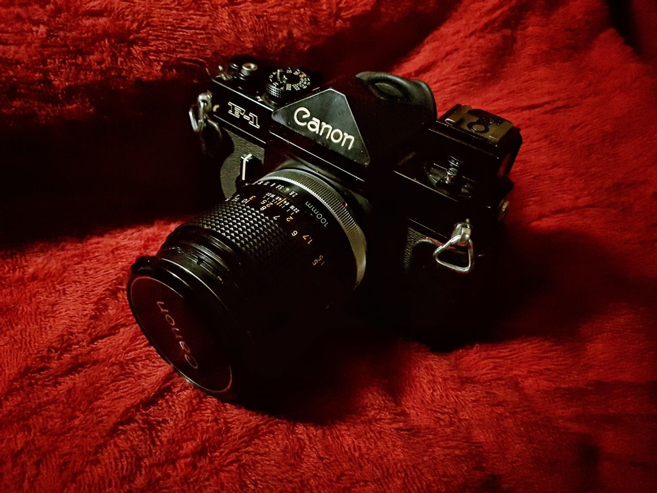 camera - photographic equipment, photography themes, technology, no people, indoors, digital camera, old-fashioned, camera, vintage, table, red, close-up, digital single-lens reflex camera, day