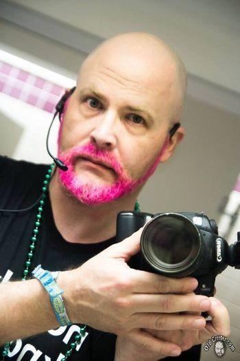Selfie Camera Bathroom Pink Beard Headset Selfportrait Beards Shaved Head Frolicon