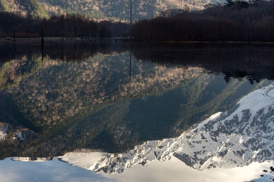 Mirror Nature Tranquility Beauty In Nature Scenics Tranquil Scene Mountain Snow Non-urban Scene Cold Temperature No People Winter Outdoors Lake Day Sunlight Water Mountain Range Reflections In The Water Landscape Sky Travel Destinations Kamikochi Nagano Prefecture,Japan Pond Reflections Taishoike Lakeside The Great Outdoors - 2017 EyeEm Awards Neighborhood Map