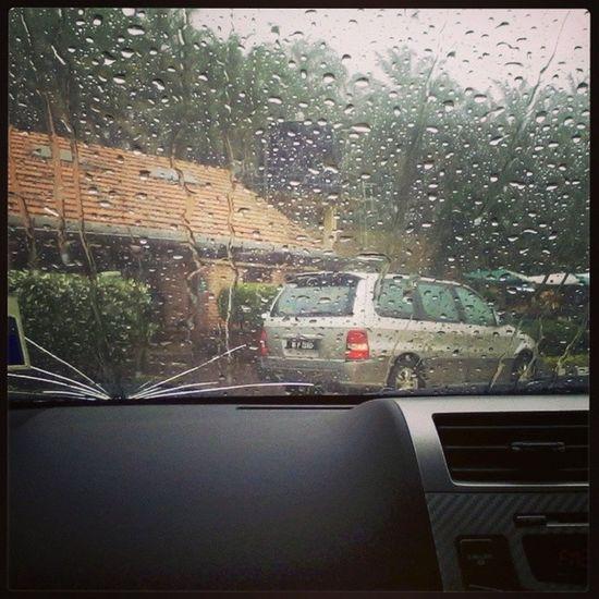 Hujan lebat membasahi bumi ..Alhamdulillah . Otw_bangi