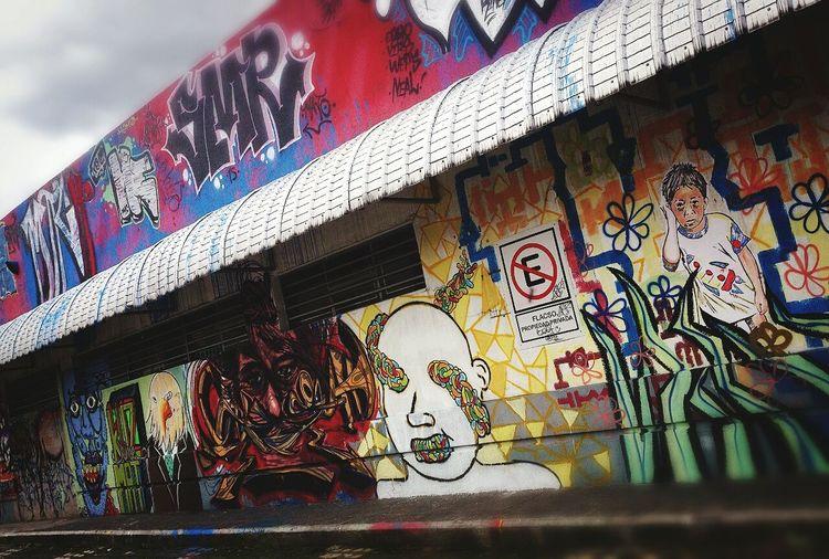 Street art in my block... Nice Urban Life Urban Art Streetart Xperia S Uio