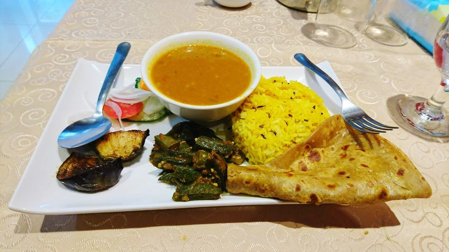 Food Olive Oil Food And Drink Healthy Eating Plate No People Bread Fork Indoors  Appetizer Olive Ready-to-eat Freshness Close-up Black Olive Day Bendy Fry Bindi Fry Indian Food Egg Plant Brinjal Fry Yellow Rice