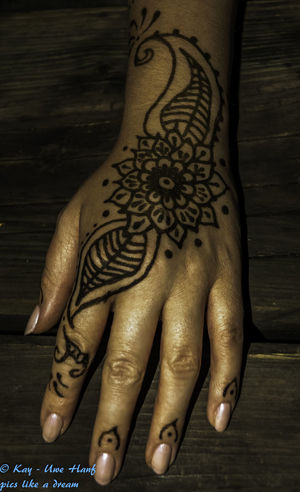 Art Close-up Creativity Design Focus On Foreground Hand Henna Henna Art Henna Artist Henna Design Henna Hand Henna Tattoo Henna Tattoo ❤ Hennatattoo Nikon Nikon D5500 Nikonphotography No People Part Of