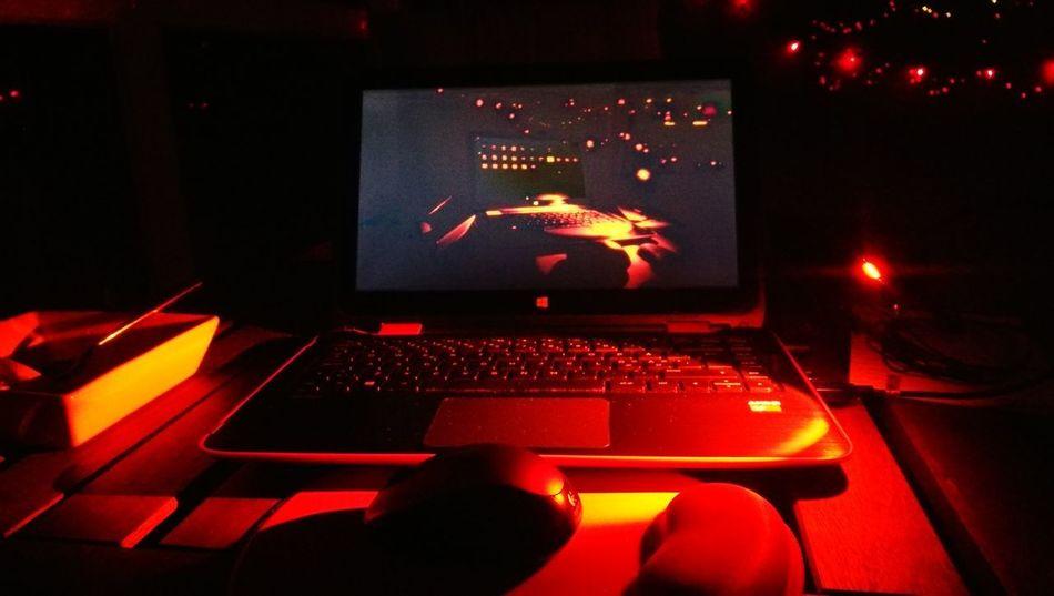 Technology Red Night Illuminated Wireless Technology Computer Night Lights Summer Life  Notebook Clouse-up Night Time