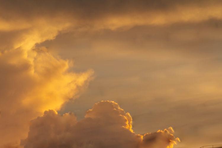 Cloud - Sky Dramatic Sky Golden Hour Sky Sky And Clouds Skyporn Sunset Vibrant Color First Eyeem Photo