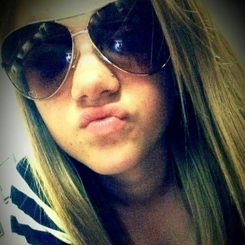 Sunglasses That's Me Hi! Ducklips Hanging Out Skipping School Hello World Enjoying Life