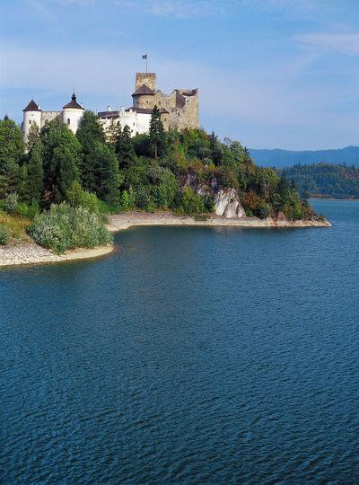 Castle Czorsztynski Niedzica Pieniny Pieniny Poland Polen Scenics Travel Destinations Vertical Water Zalew Czorsztyński
