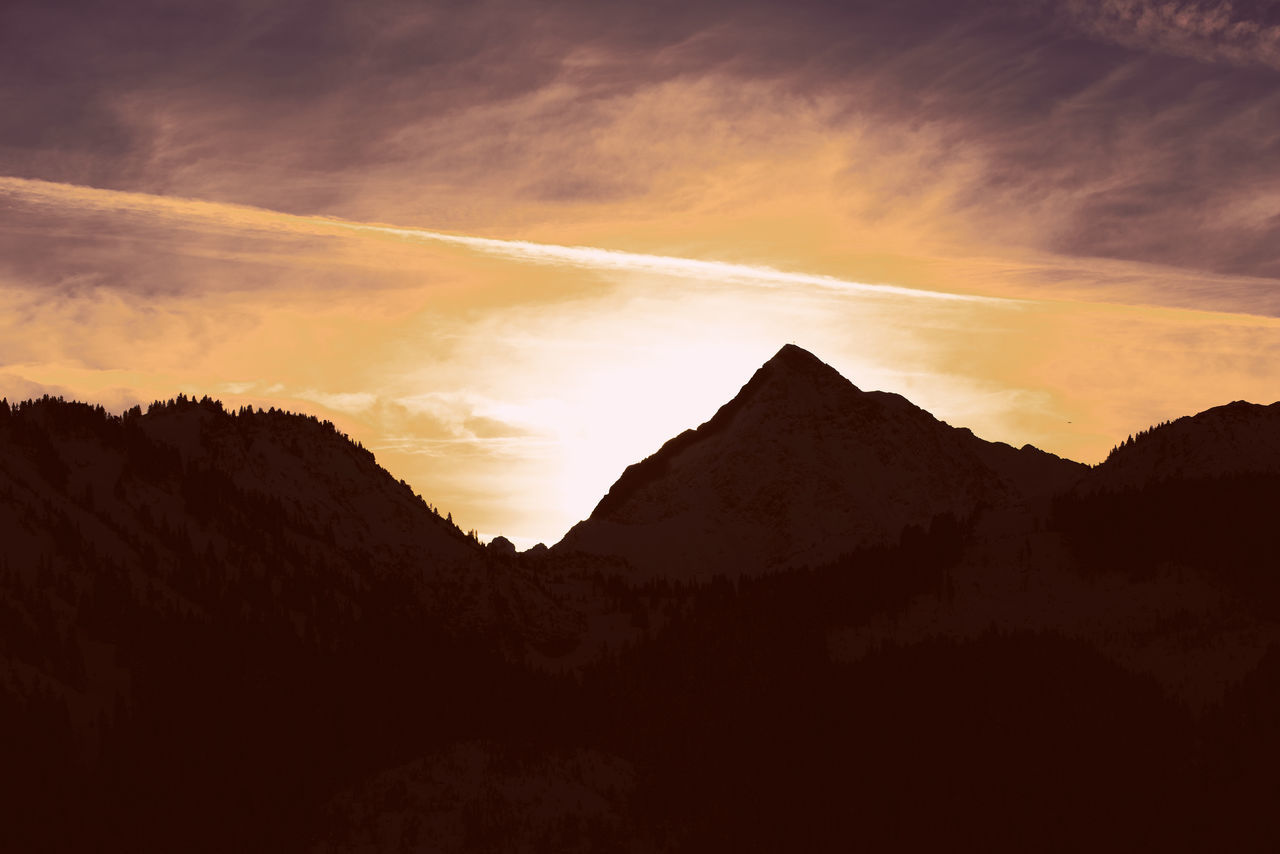 sunset, beauty in nature, nature, mountain, silhouette, scenics, tranquil scene, tranquility, no people, sky, outdoors, landscape, day