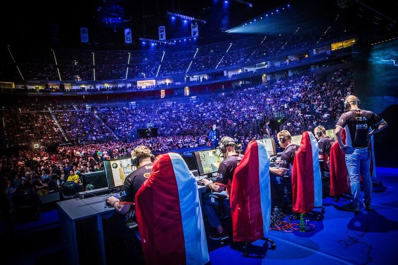 Csgo Esports Videogames Computers Gaming Championship Audience Stadium Crowd Fan - Enthusiast Competitive Sport First Eyeem Photo