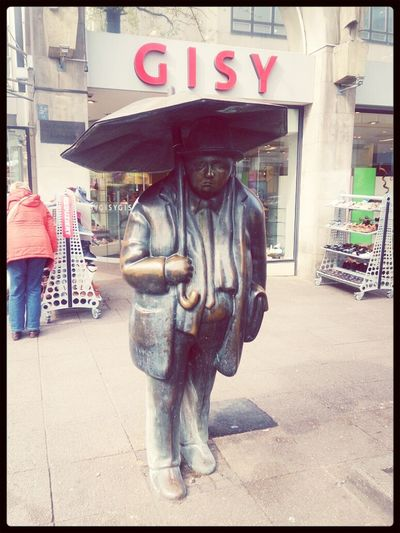 City Life Hannover Today Statue