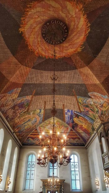 Ceiling Design Indoors  Architecture Low Angle View Illuminated No People Multi Colored Day