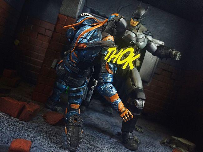 "Batman: ""Stay down, Slade!"" ACBA Articulatedcomicbookart Toyphotography Arkhamorigins"