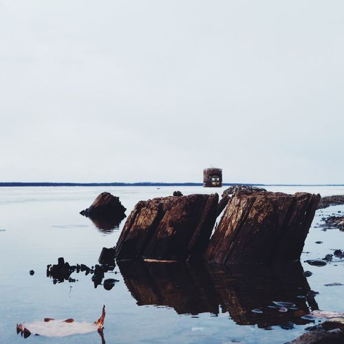 Sea Water Rock - Object Sky Nature Tranquil Scene Scenics Tranquility Outdoors Beauty In Nature No People Day Horizon Over Water Coldwater Coldweather Ace Ice Icewater Icewatch Russia Khabarovsk Beauty In Nature