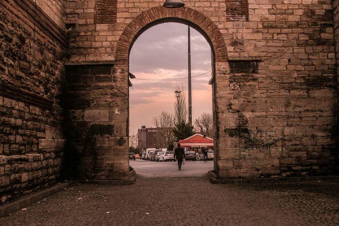 Enter the Istanbul ıstanbul Konstantinapolis Enter Open
