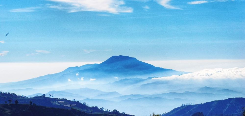 Diengplateau Mountain Dieng Indonesia Landscape Indonesia_photography Sindorosumbing Jawatengah Dieng Plateau ❤