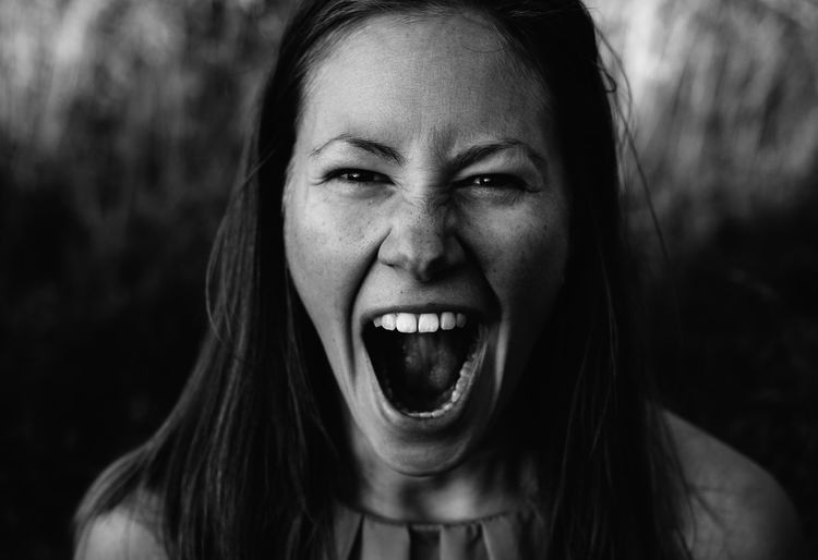RAWring Adult Adults Only Close-up Day Headshot Human Body Part Human Face Human Mouth Looking At Camera Mouth Open One Person One Woman Only Outdoors People Portrait Real People Screaming Shouting The Portraitist - 2017 EyeEm Awards Young Adult