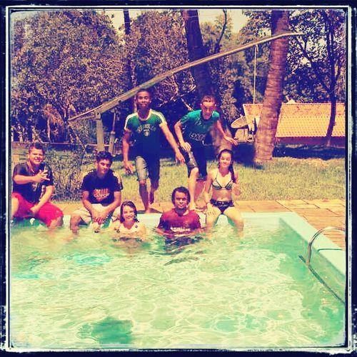 Zueira com os amigos. First Eyeem Photo