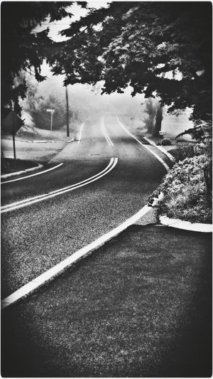I Wasn't Sure Which One if The Road Photos I wanted to Post? Which One Does Everyone Like Better? Shades Of Grey Street On The Road Road Scenery Taking Photos My Street EyeEm Gallery Blackandwhite Black And White Black&white