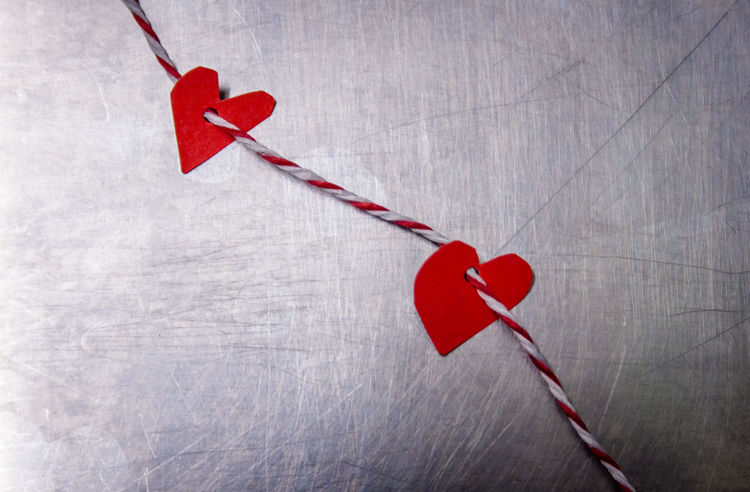 Advice Christmas Christmas Decoration Christmas Present Close-up Day Gift Heart Heart Shape Indoors  Label No People Notice Red Ribbon - Sewing Item Rope Tied Bow Togetherness Tracing Wool