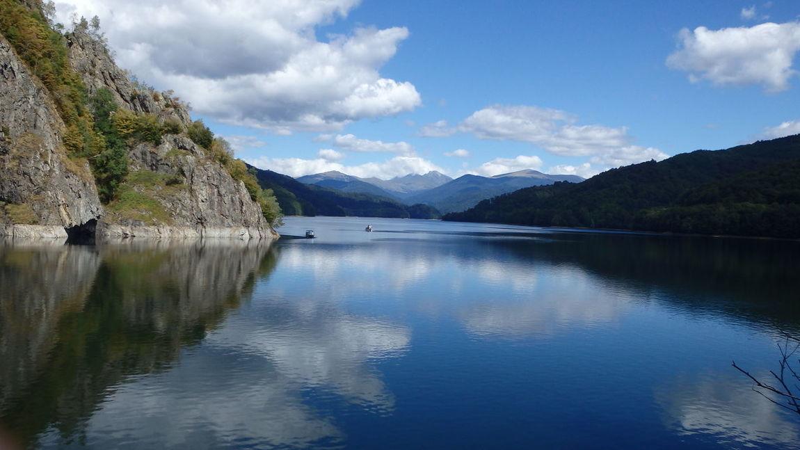 Lake Vidraru, Romania Romania Romanian Lands Transfagaraşan EyeEm Selects Lake Cloud - Sky Reflection Tranquil Scene Travel Destinations No People First Eyeem Photo