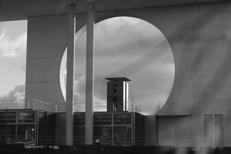 Architecture Berlin Blackandwhite Outdoors Spree Streetphotography The Street Photographer - 2016 EyeEm Awards Urban Exploration Urban Landscape Urbanphotography