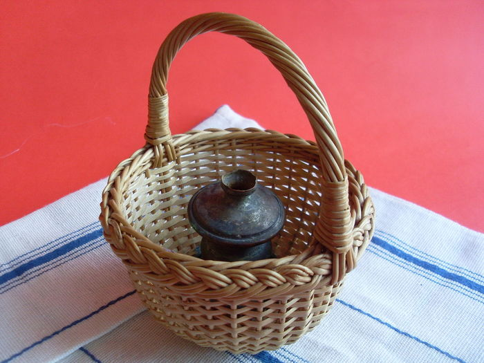 Wicker basket Basket Close-up Day Food Freshness High Angle View Indoors  No People Picnic Basket Red Table Tablecloth Whicker Wicker Basket