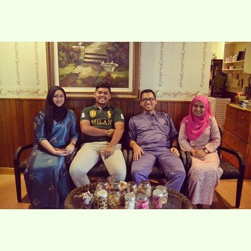 Sayang , Me , Abang Amir Farhan & Kakak Mara.. AkhirnyaaaSelesai Alhamdullilah TerimaKasihSayang &Sekeluarga TerimaKasihUncleAbdullahArshad