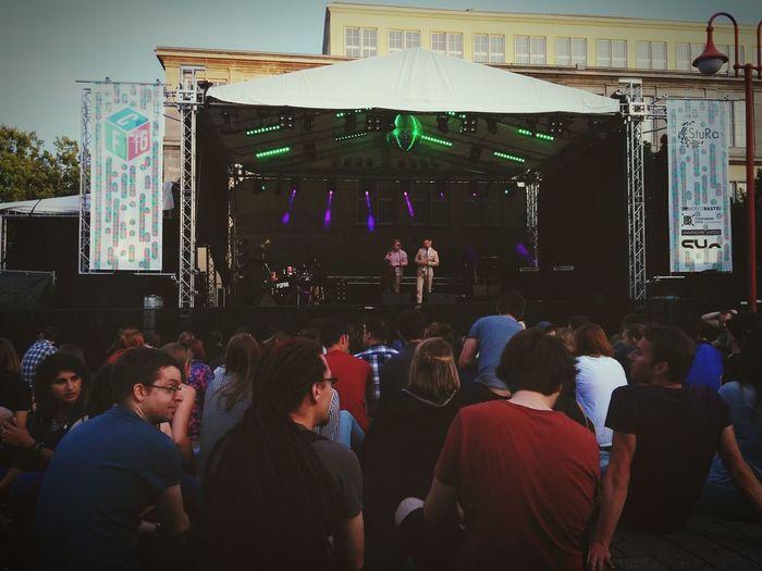 Campusfest Leipzig Sitzen Feiern FehltEinHashtagFragezeichen