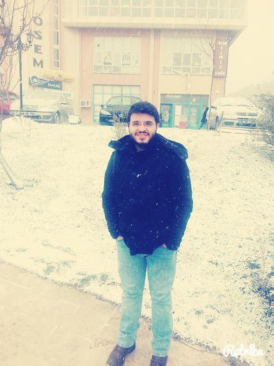 Winter Snow Cold Happy Smile Sonra baktım ki Çanakkale'ye de kar yağarmış :)