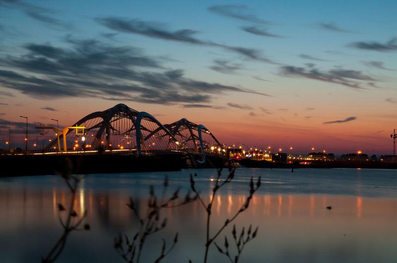 Bridge Sunset Light Colors Colorful Colorsplash Sky Skyporn Nicholas Grimshaw Architecture