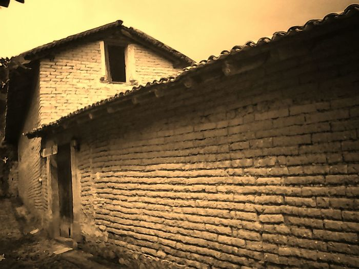 La barda Built Structure Rural Scene Ruined Brick Wall Old Abandoned Architecture