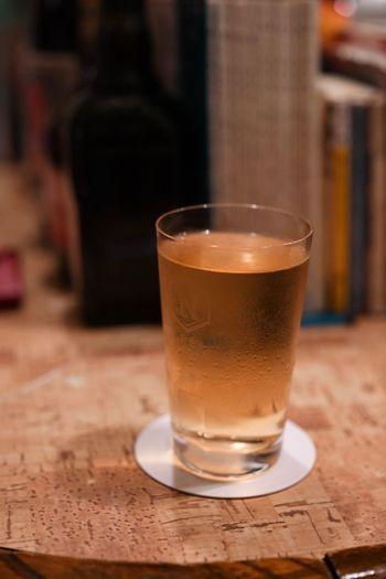 人生で、こんなに美味いハイボールを飲んだこと、多分ないと思った夜。This is the best whisky soda I've ever had in my life. Highball Soda Whisky Glass Drink Table Refreshment Food And Drink Drinking Glass Household Equipment Still Life Indoors  Close-up Alcohol Freshness Food Beer Beer - Alcohol Selective Focus Focus On Foreground No People Frothy Drink Brown
