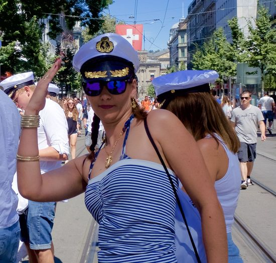 had a break to view to the people going to the street parade 2016 in Zürich Disguised Enjoying Life Enjoying The Sun Fun Funtimes Hello World Rave Raveparty Ricohgr2 Streetparade Zurich Streetparade2016 Sun-fun Switzerland_2016 Zürich Festival Fever Leisure Activity From My Point Of View Festival Season Enjoying The Moment Eyeemphotography