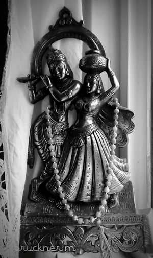 Beautiful Blackandwhite Radhakrishna Japa Mala Natural Light Hare Krishna Hawaii USA Namaste