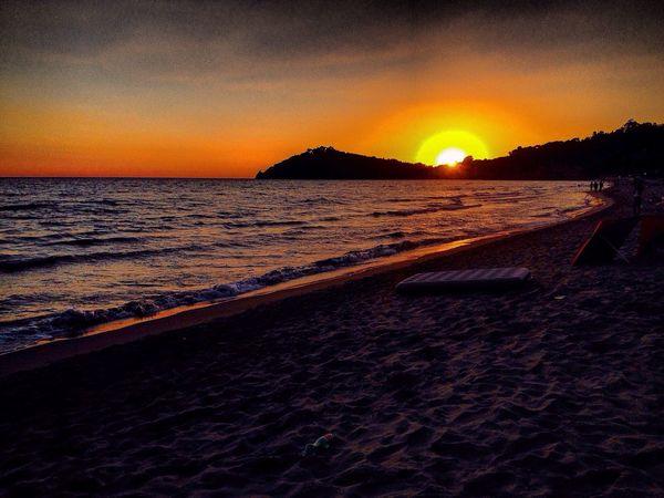 Sunset Beach Scenics Beauty In Nature Tranquility Silhouette Sand Horizon Over Water Gaeta 300 Sea Italy VSCO Storytelling