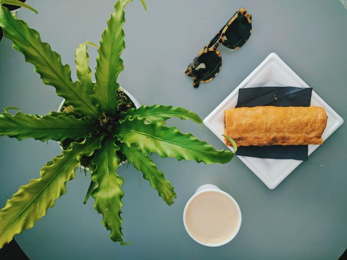 Leaf Food Sweet Food Freshness Dried Fruit Indoors  Day Sunglasses Ralph Lauren Sausageroll Coffee Flatwhite No People Tranquility London Indoors