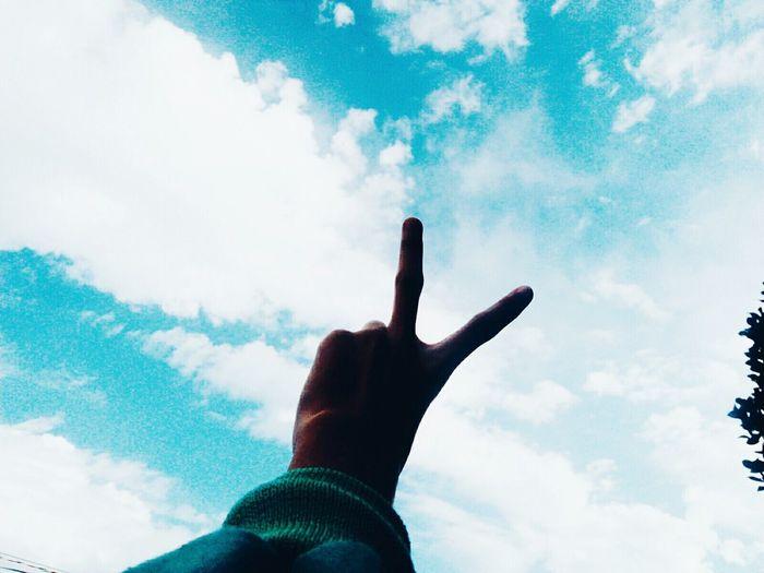 Say hiiii ✌✌ Cloud - Sky My Hand  Day Sky Cloud