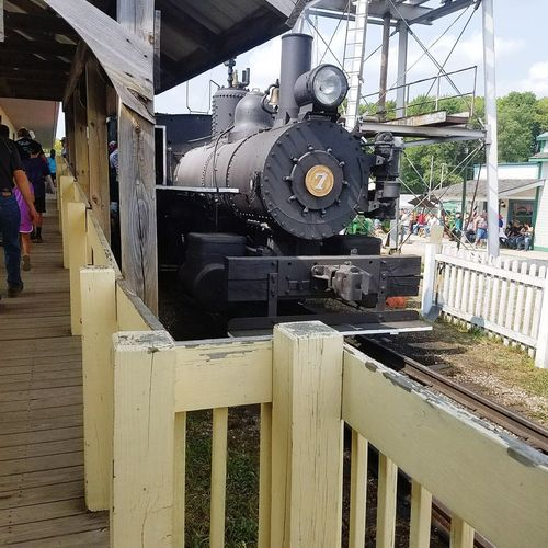 train adventure Trainphotography Photographer Photography Photoart Beautiful Day View Photo Diary Travel Photography Travelling Photography Point Of View Lifeofadventure Adventure Lifeisbeautiful Trainstation Life In Motion Locomotive Train It's About The Journey