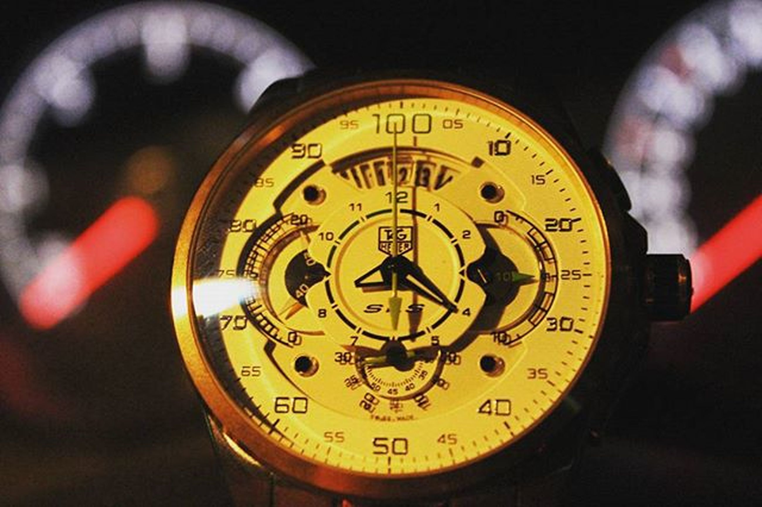 time, clock, text, communication, number, indoors, clock face, accuracy, close-up, minute hand, circle, western script, wall clock, instrument of time, roman numeral, speedometer, old-fashioned, technology, illuminated, instrument of measurement